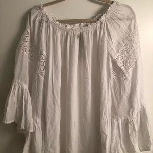 Surf Gypsy White off the shoulder top NWT